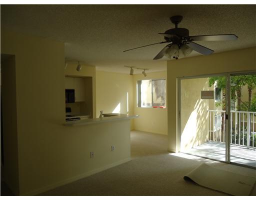royal grand condo 2600 # 214 living room picture
