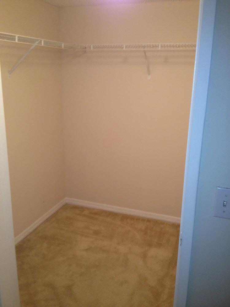 Walk In Closet 2600 #314