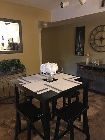 2600-120 living room