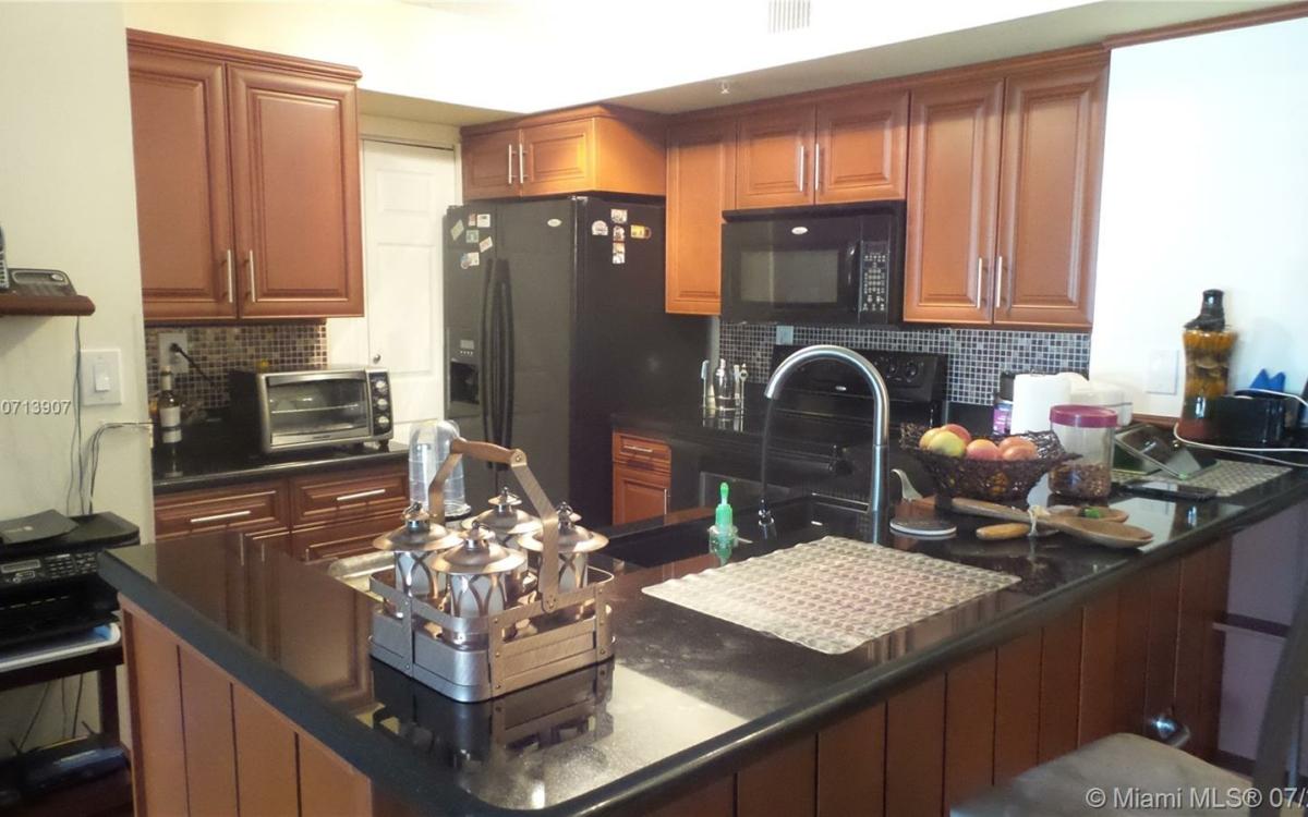 kitchen royal grand 2600 unit 212