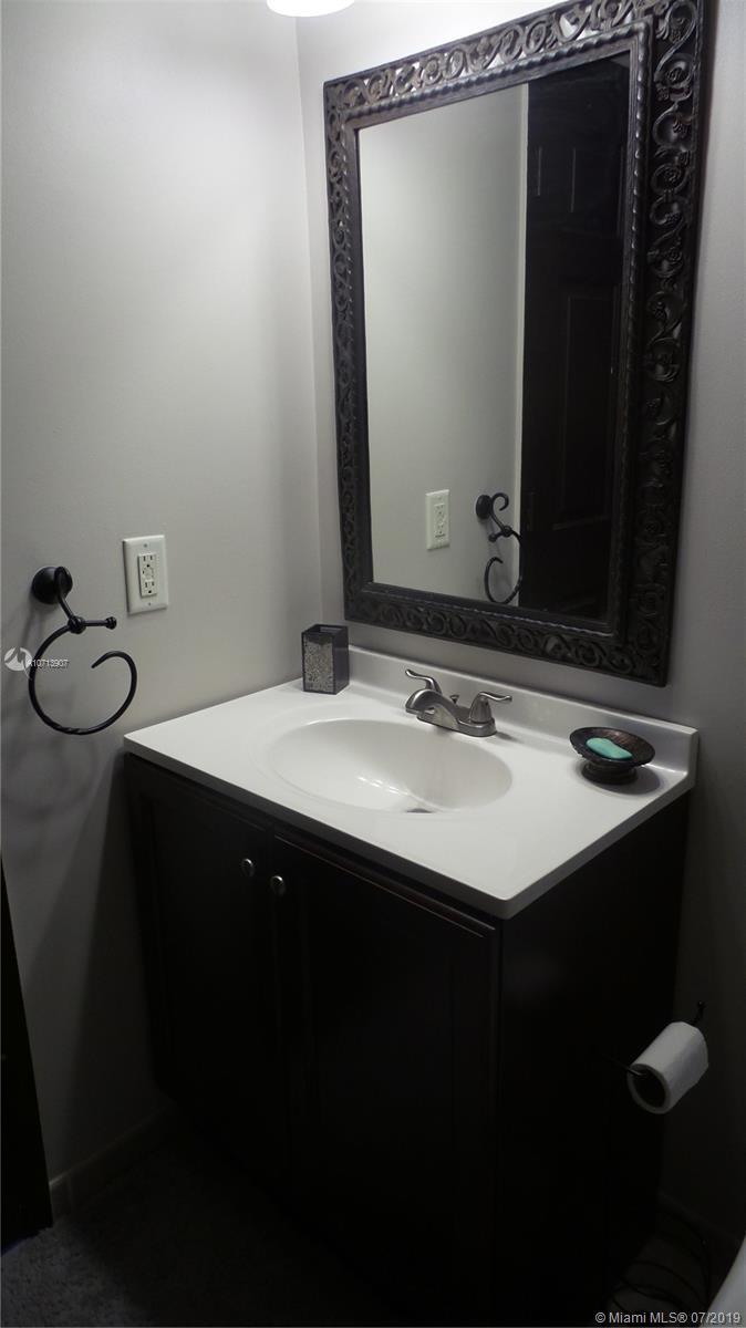 second bathroom vanity sink unit 212