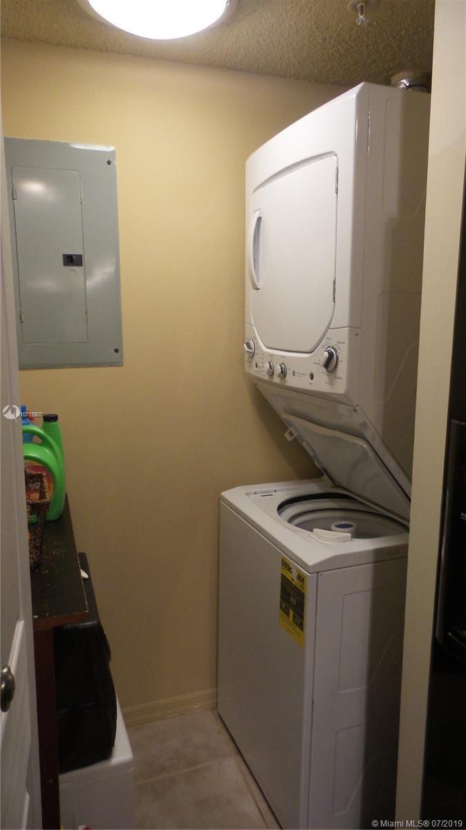 washer – dryer unit 212