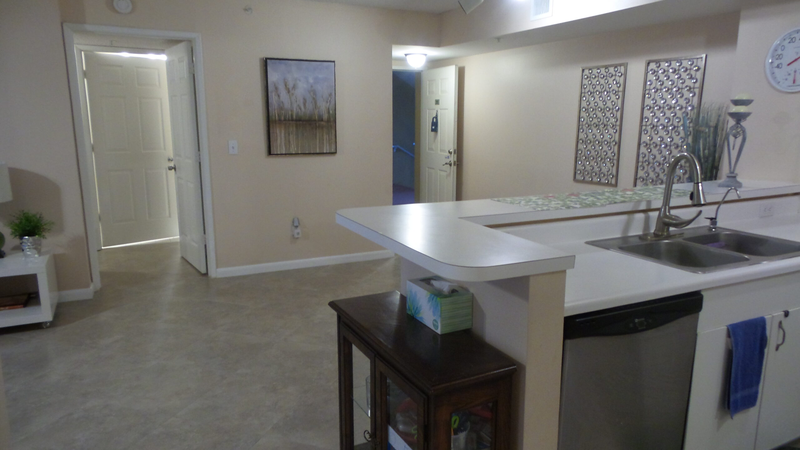 kitchen and dining room view 2600 unit 221
