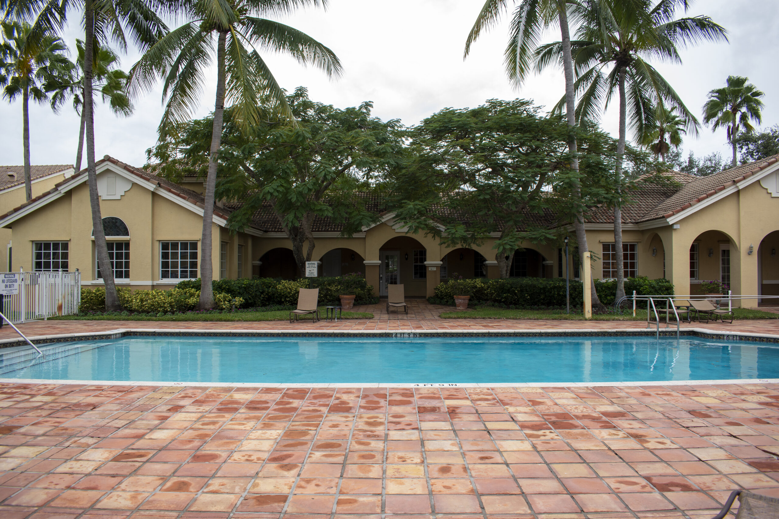 royal grand community pool davie florida